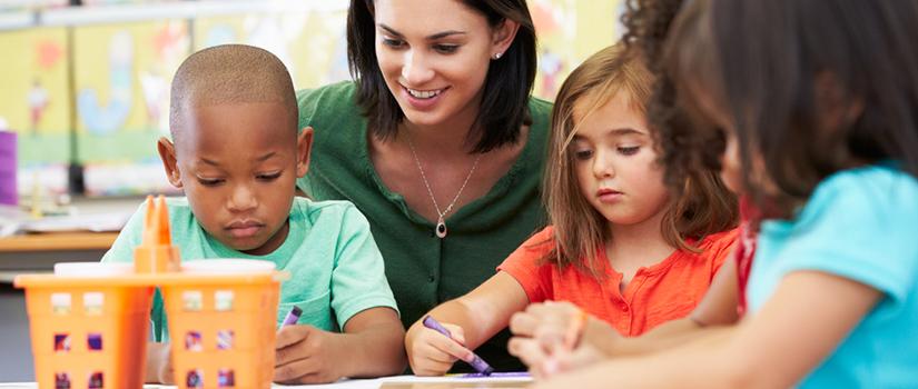Dificuldades de fala podem interferir na alfabetização